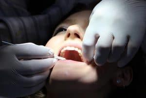 Hampaat kuntoon kotikonstein